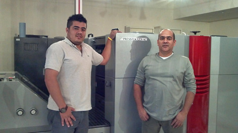 William Bermudez and Pedro Mendez with thier 52DI-AC